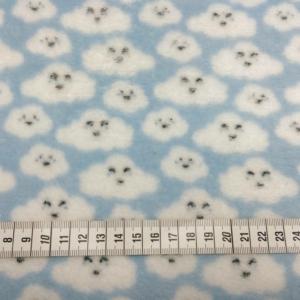 Wellness Fleece Blau mit Wolken