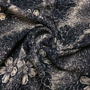 Viskose Stoff Navy mit Netz und Blumen Muster