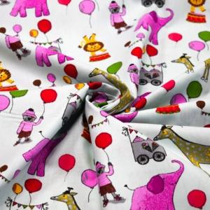 Baumwoll Stoff mit Zirkus Tiere